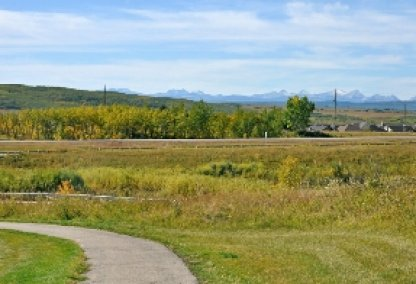 Land in Springbank Hill